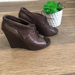 Sam Edelman Ankle peep toe lace up booties 8.5
